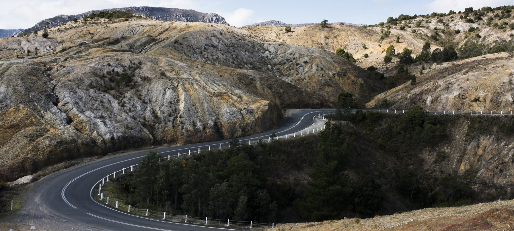 The road into Queenstown, known as the 99 bends.